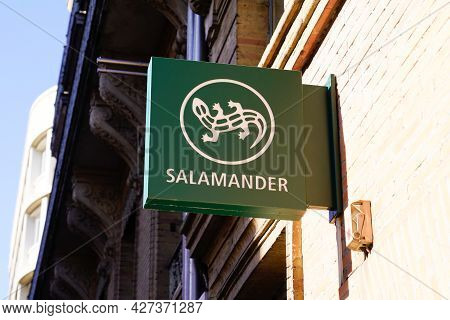 Toulouse , Occitanie France  - 06 25 2021 : Salamander Logo And Text Store Sign Brand On Facade Shop