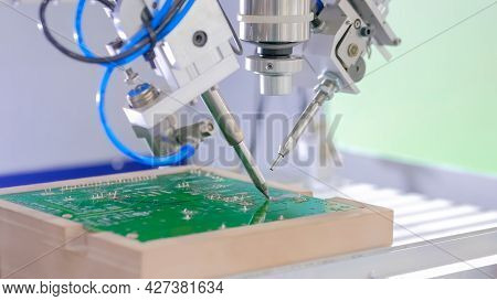 Process Of Selective Soldering Components To Printed Circuit Boards At Factory, Exhibition - Close U