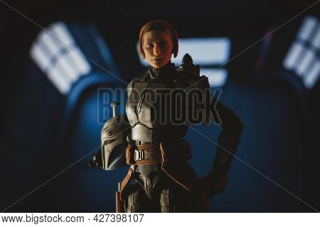 JULY 20 2021: Disney Plus Star Wars The Mandalorian Bo Katan Kryze and armor - Hasbro action figure
