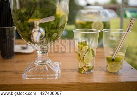 Picnic Lemonade With Lime, Mint And Ice Cubes