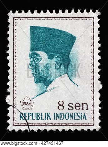 ZAGREB, CROATIA - SEPTEMBER 05, 2014: Stamp printed in Indonesia shows the first president of Indonesia Sukarno, circa 1966