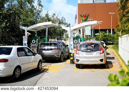 Shopping Mall Parking Entrance