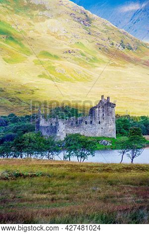 View Of The Kilchurn Castle, On Loch Awe, Scotland, Uk