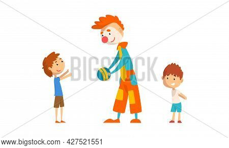 Funny Clowns Characters Set, Clowns Entertaining Children At Birthday Or Carnival Party Cartoon Vect