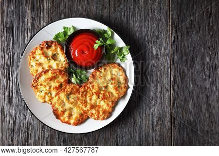 Cheesy Chicken Fritters, Chicken Breast Patties Served With Tomato Sauce On A Plate, Horizontal View