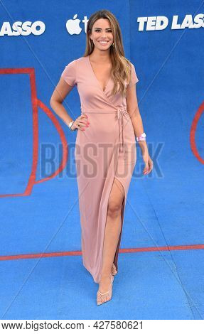 LOS ANGELES - JUL 15: Jen Lehmer arrives for the Ted Lasso Season 2 Premiere on July 15, 2021 in West Hollywood, CA