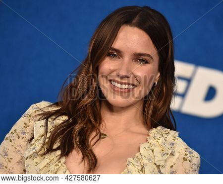 LOS ANGELES - JUL 15: Sophia Bush arrives for the Ted Lasso Season 2 Premiere on July 15, 2021 in West Hollywood, CA