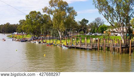 Wentworth. Nsw, Australia - November 30, 2014 : The Town Of Wentworth In Outback Australia Hosting A