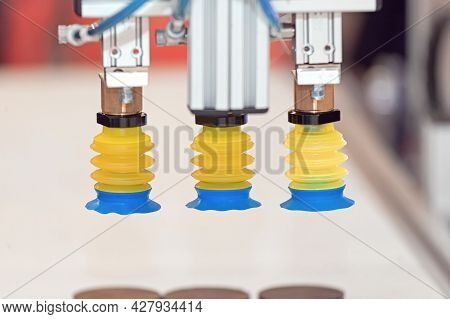 Robotic Arm With Vacuum Suction Air Nozzles