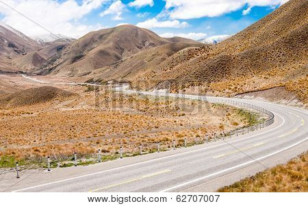 New Zealand Desert Mountain Pass