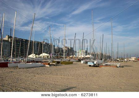 boats on Heist beach