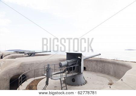 Guns By The Sea