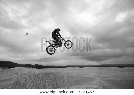 Dirt Bike Jumping Sand Dunes - High Up