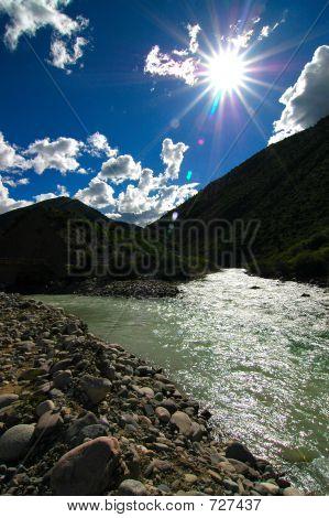 Lunang Valley