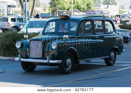 Tx4 Hackney Carriage Car On Display