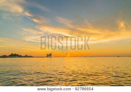 The atmosphere during sunset at Koh Loi Sriracha,Chonburi,Thailand