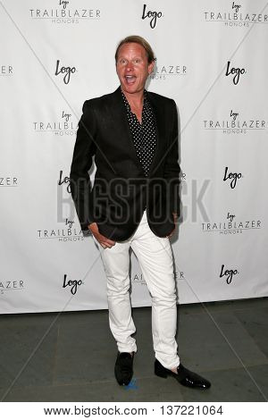 NEW YORK-JUN 25: Carson Kressley attends Logo TV's