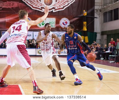 Bc Cska Forward Sonny Weems (13) Drives To The Basket