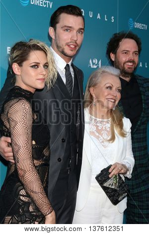 LOS ANGELES - JUL 7:  Kristen Stewart, Nicholas Hoult, Jacki Weaver, Drake Doremus at the Equals LA Premiere at the ArcLight Hollywood on July 7, 2016 in Los Angeles, CA