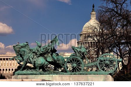 Washington DC: The Civil War Sculptures at the Ulysses S. Grant Memorial opposite the Capitol Reflecting Pool