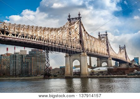 Ed Koch Queensboro Bridge from Manhattat to Queens. Viev on Rusvelt Island and East River.