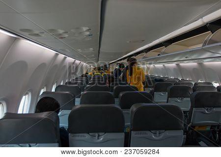 Bangkok,th -december 30:passenger Plane,passenger Reception In Passenger Rooms. On December 30,2017