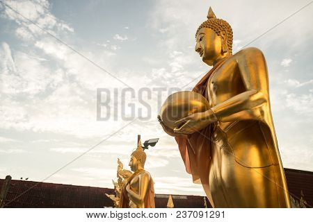 The Golden Pagoda Of Wat Phra Singh Is A Buddhist Temple In Chiang Mai, Northern Thailand.