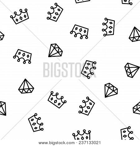 King And Queen Crown And Brilliant On Pattern Background. Seamless Pattern Royal Crown And Diamond O