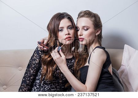 Two Beautiful Girls Sitting On The Sofa, Makeup, Lipstick, One Causes The Other, Black Dresses, Cosm