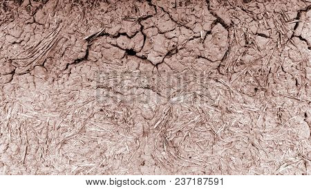 Old Antique Clay Wall, Mud Hut, Cracked Clay