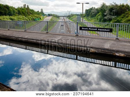 Scott Russell Aqueduct carrying the Union Canal over the Edinburgh City Bypass, Scotland, UK