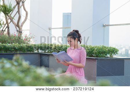 Young Asian Executive Woman Standing And Hold Folder Outside Office Building, Beautiful Asian Busine