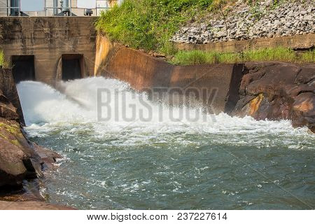 Intense Draining Water From The Hydroelectric Dam