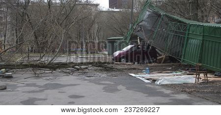 Moscow, Russia, April 21. 2018: - Car Park Boxes , Crashed By The Storm, Between The Pavla Korchagin