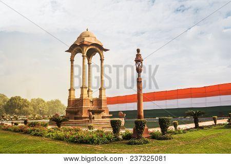 Historic India Gate Delhi - A War Memorial On Rajpath Road New Delhi. Main Indian Historical Landmar