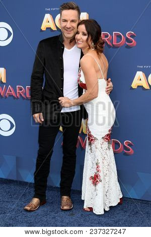 LAS VEGAS - APR 15:  Craig Campbell, Mindy Ellis at the Academy of Country Music Awards 2018 at MGM Grand Garden Arena on April 15, 2018 in Las Vegas, NV