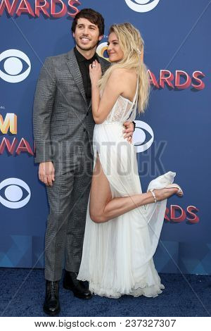 LAS VEGAS - APR 15:  Morgan Evans, Kelsea Ballerini at the Academy of Country Music Awards 2018 at MGM Grand Garden Arena on April 15, 2018 in Las Vegas, NV