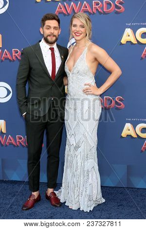 LAS VEGAS - APR 15:  Thomas Rhett, Lauren Akins at the Academy of Country Music Awards 2018 at MGM Grand Garden Arena on April 15, 2018 in Las Vegas, NV