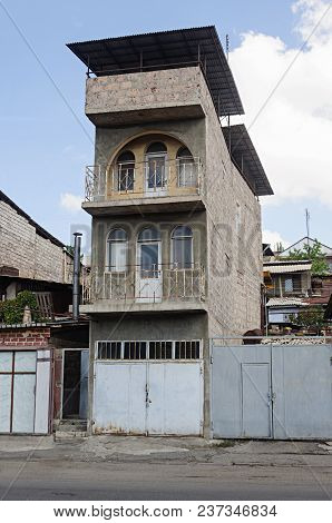 Narrow Many-storied Private Residential Building With Garage In Yerevan