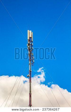 4g, Telecom Radio Tower Or Mobile Phone Base Station