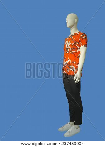 Full-length Man Mannequin Dressed In Summer Casual Clothes, Isolated. No Brand Names Or Copyright Ob