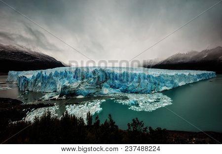 Argentina Perito Moreno Glacier
