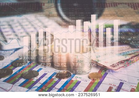 Accumulation Of Future Funds With Stock Market Information Graph.