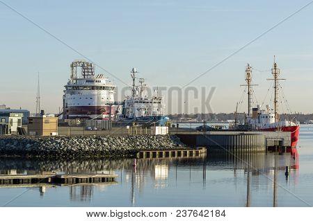 New Bedford, Massachusetts, Usa - April 24, 2018: Geotechnical Drilling Vessel Dina Polaris, Researc
