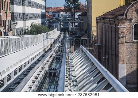 Tracks On The Monotrail People Mover System In Venice