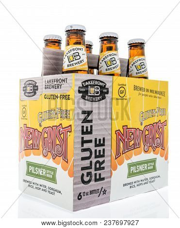 Winneconne, Wi -  16 April 2018: A Six Pack Of New Grist Beer That Is Glutin Free From Milwuakee, Wi