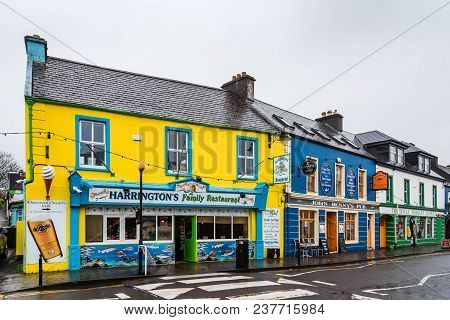 Dingle, Ireland - November 11, 2017: Picturesque Houses And Restaurants In Dingle Peninsula A Rainy
