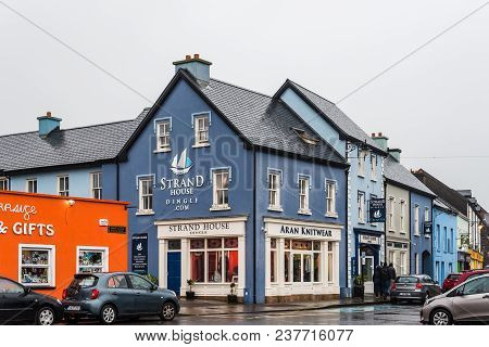 Dingle, Ireland - November 11, 2017: Picturesque Houses And Stores In Dingle Peninsula A Rainy Day.