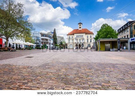SINDELFINGEN, GERMANY - APRIL 25, 2018: Market square of Sindelfingen on a wednesday