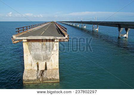 Old Broken Bridge And The New Bridge Of Intracoastal Highway Us 1, Florida Keys, Florida The Sunshin